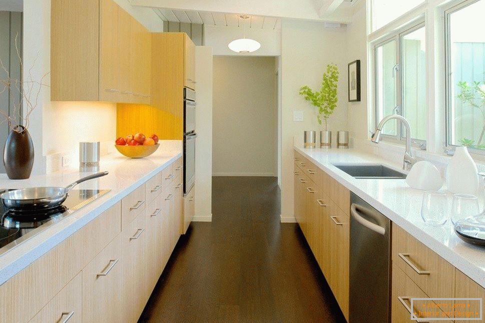 Design della cucina 15 mq. m. m. - scegliere l\'opzione
