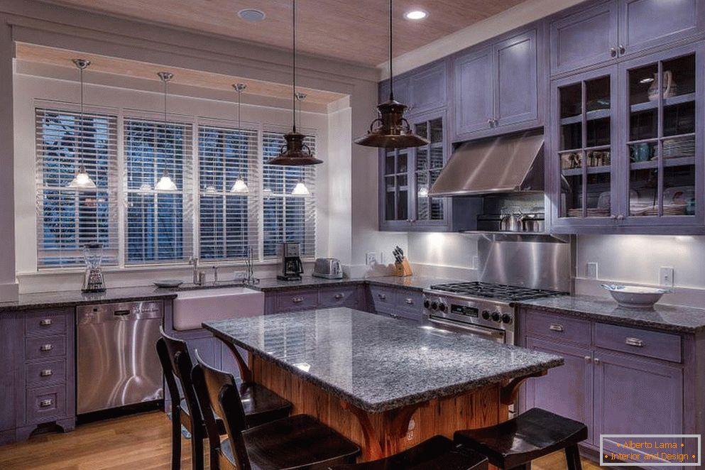 Cucina viola: caratteristiche del design
