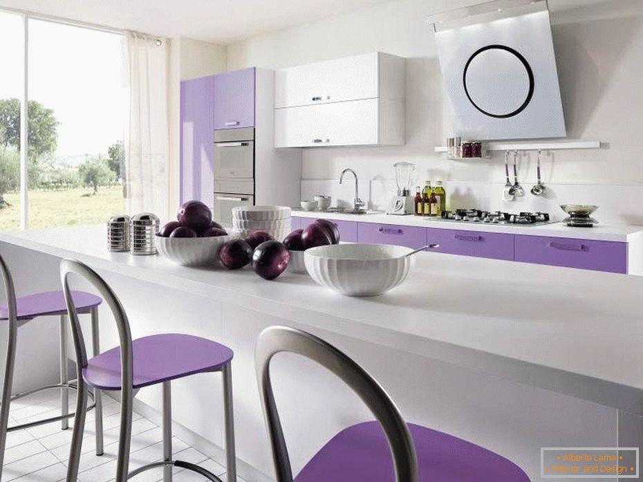 Cucina viola caratteristiche del design
