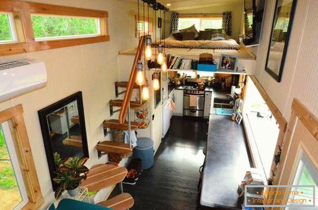 Interni Di Una Casa Di Campagna : Interno di una casa di campagna nel ruolo di un nido damore