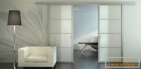 Porte interne in vetro: stile e funzionalità in un\'unica