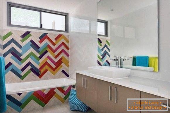 Piastrelle alla moda e altre tendenze nel design del bagno
