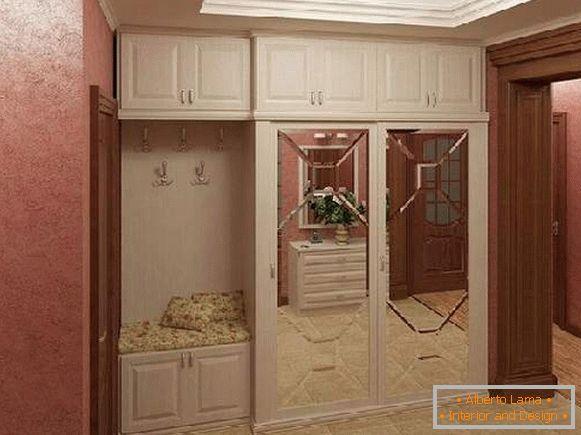 Lungo Il Corridoio In Inglese : Corridoi nel corridoio foto con raccomandazioni sulla
