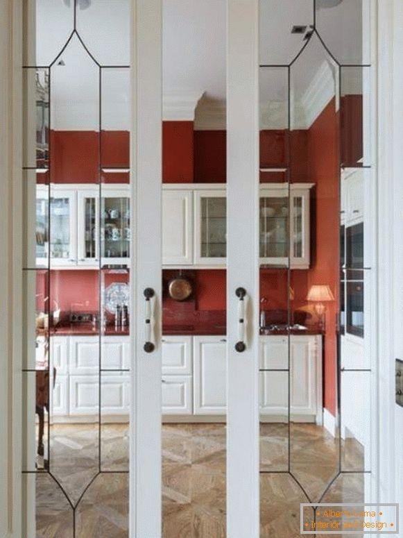 Porte scorrevoli in cucina: 28 foto di opzioni insolite