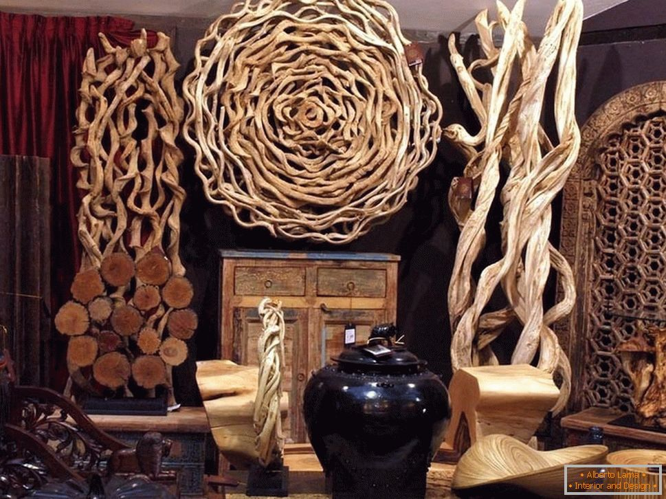 Decorazioni in legno all'interno